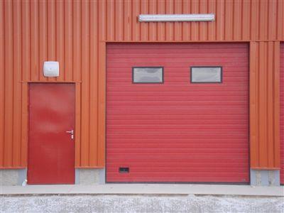 mini entrepôt sous alarme-accès individuel avec code 7j/7